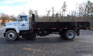 dump truck for track maintenance