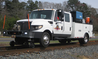 track repair vehicle